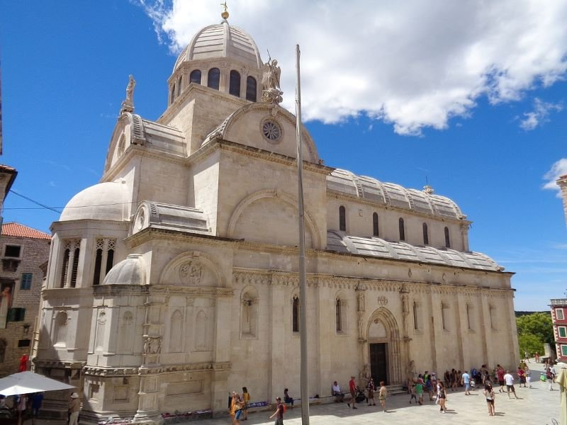 The Cathedral of St James in Šibenik (2000)